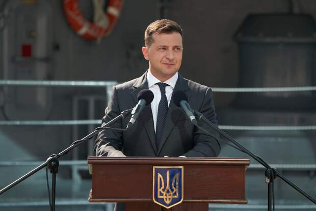 США перестает считаться оплотом демократии, заявил украинский президент