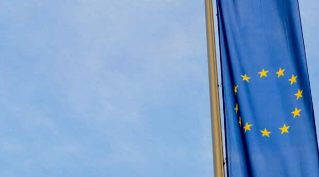 Названы сроки запуска поездок по ковид-паспортам в Европе