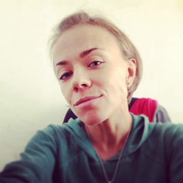Чем сегодня живет экс-солистка группы «Лицей» Лена Перова