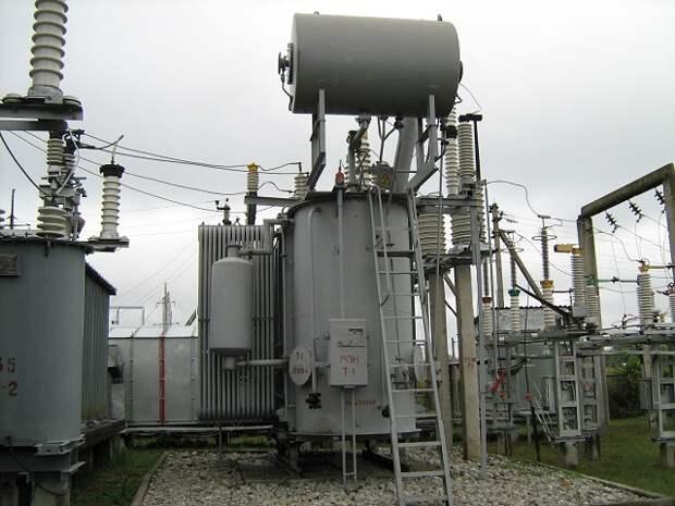Специалисты Усть-Лабинских электрических сетей отремонтируют 27 крупных питающих центров