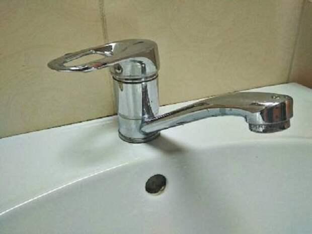 В Улан-Удэ продолжается подключение горячей воды