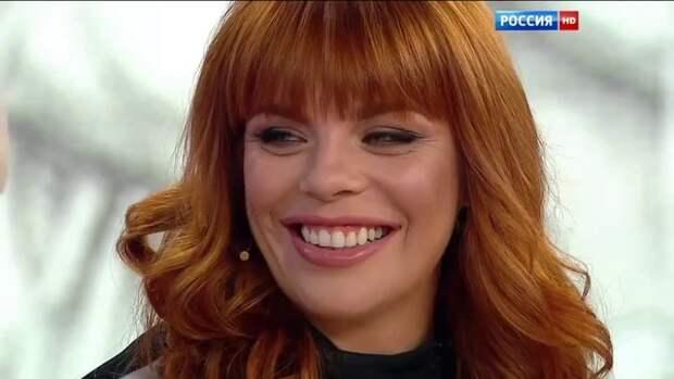 """Стоцкая рассказала о некогда тайном разводе с мужем: """"Мы просто живем в разных домах"""""""