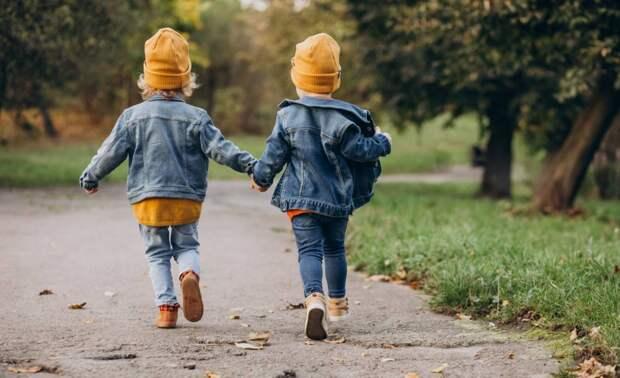 Yle: воспитанники детских садов Финляндии играют с землей для укрепления иммунитета