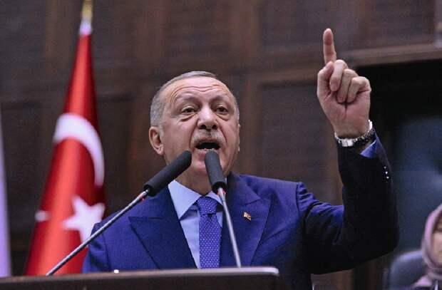 Эрдоган на весь мир демонстрирует несдержанность и вспыльчивый нрав