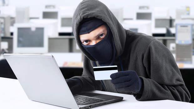 Ответить должен Центробанк. Путин о мошенниках в интернете