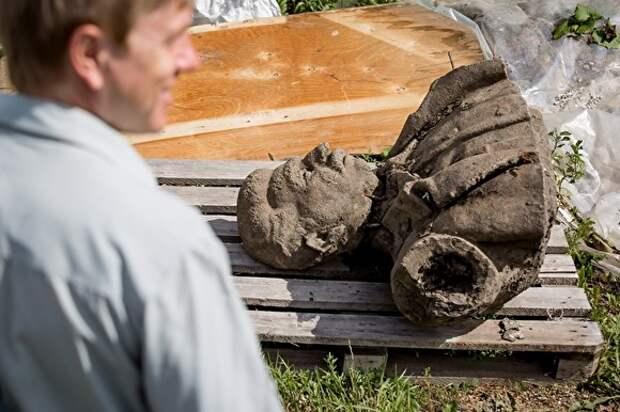 На Урале хотят восстановить памятник Сталину. Жители не против