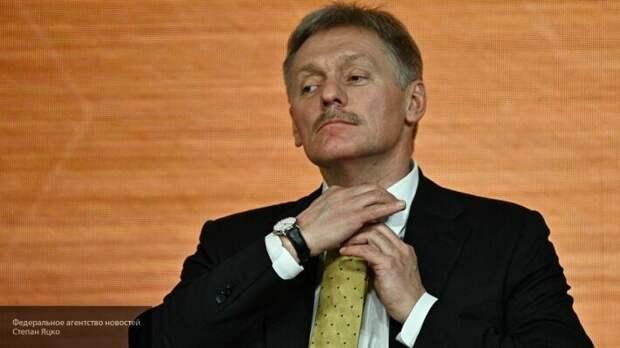 «Выполнить Комплекс мер от «а» до «я»: Песков озвучил условия достижения мира в Донбассе