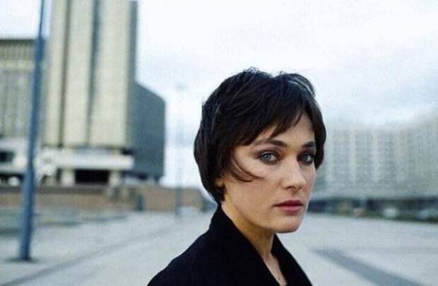 Вспомнить все: как раньше выглядела Лариса Гузеева?