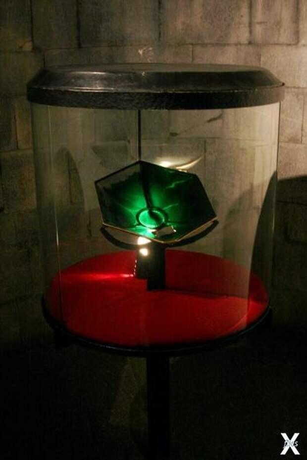 Sacro Catino в соборе Генуи