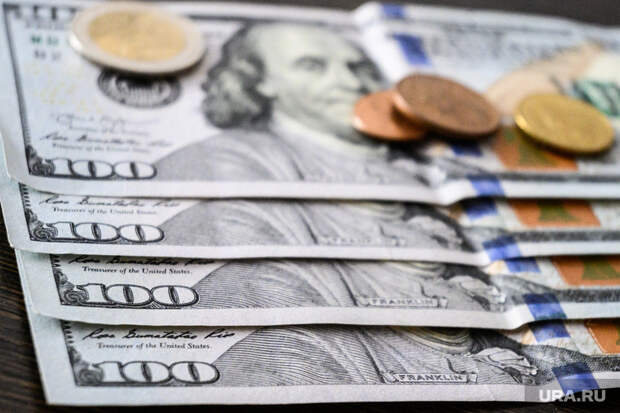 Инвестор рассказал, как заработать нападении курса рубля