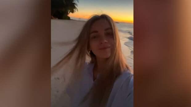 Жена Большунова поделилась фото из медового месяца на Мальдивах