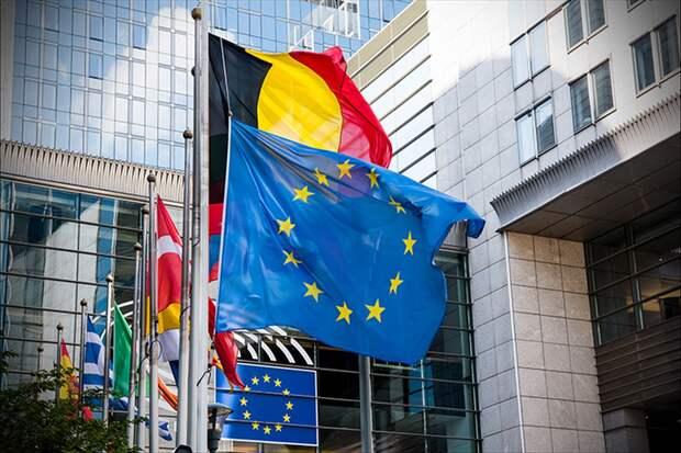 Суд ЕС обязал Польшу ежедневно выплачивать по миллиону евро