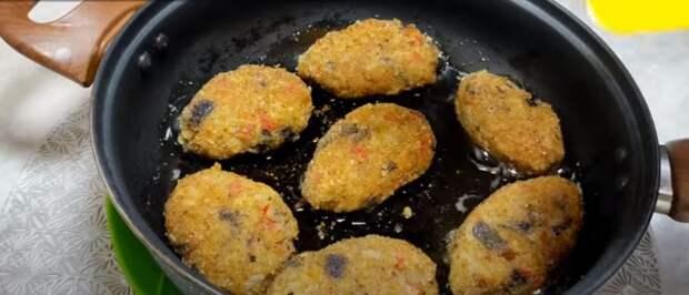 Добавляю манку в баклажаны и готовлю вкусные котлеты. Как мясные: удачный рецепт для гостей