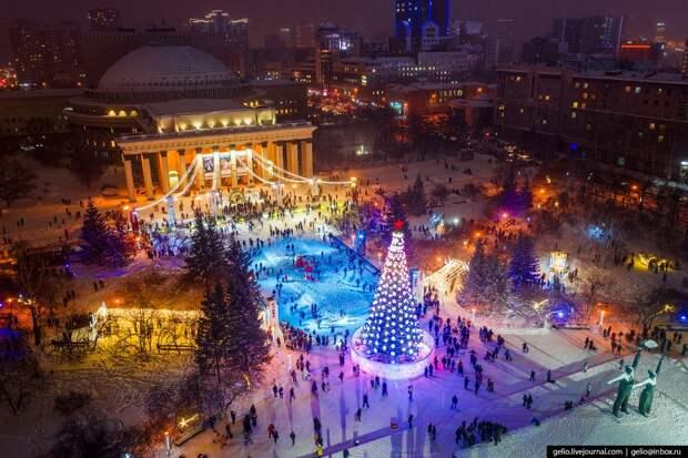 Новосибирский городской каток спорной формы