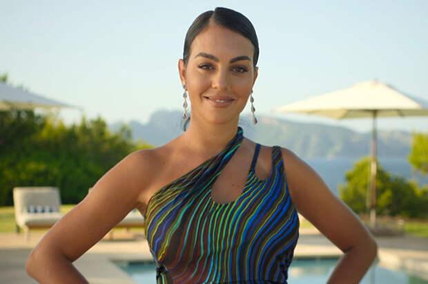 В сети появился трейлер реалити-шоу о жизни возлюбленной Криштиану Роналду Джорджины Родригес
