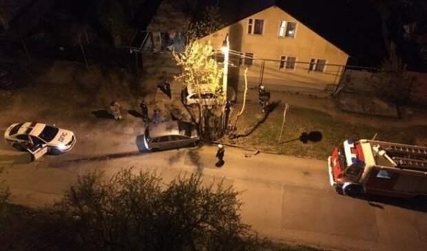 Пьяный водитель въехал вдерево вЕкатеринбурге