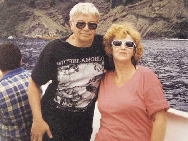 Актер на отдыхе с женой Людмилой. / Фото: Валерий Мишаков