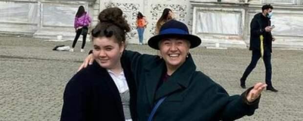 Дочь Теоны Контридзе узнала имя настоящего отца из телевизора
