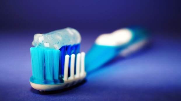 Стоматолог раскрыл маркетинговые уловки производителей зубных паст