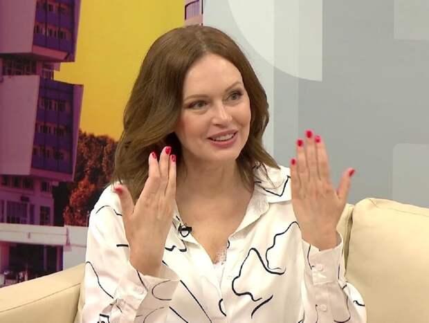 """""""Это было грязно, неприлично"""": Ирина Безрукова рассказала о домогательствах режиссера на съемках"""