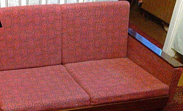 27 лет картина просто валялась за диваном, пока ее случайно не увидел ценитель