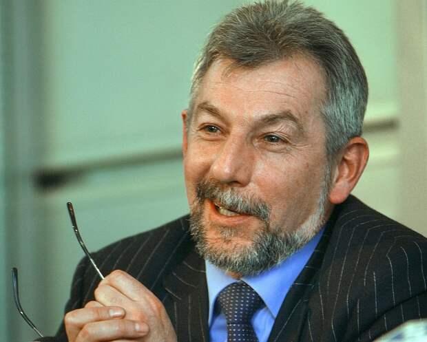 Вирусолог Виталий Зверев. Фото: ИТАР-ТАСС/ Борис Кавашкин