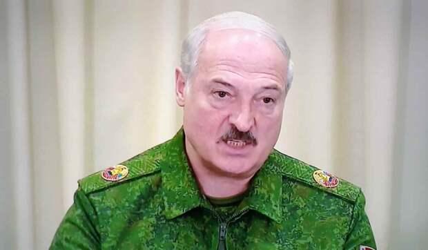 Политолог о телефонных сливах Лукашенко: Продастся за ящик Массандры