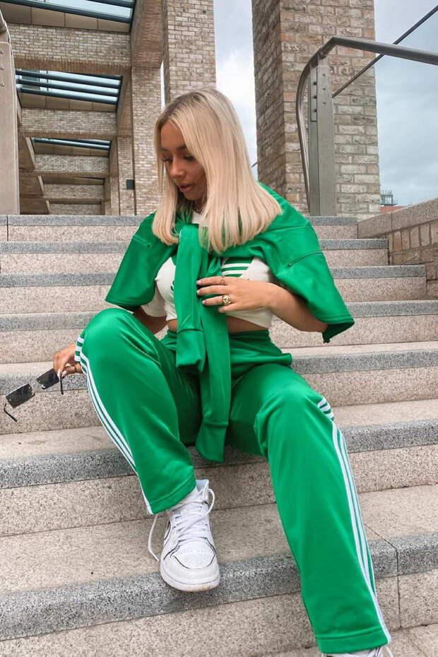 Спорт-шик: модные образы со спортивной одеждой сезона 2021/2022
