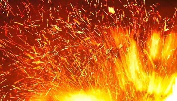 Огнеборцы потушили загоревшийся автомобиль в СНТ Подольска