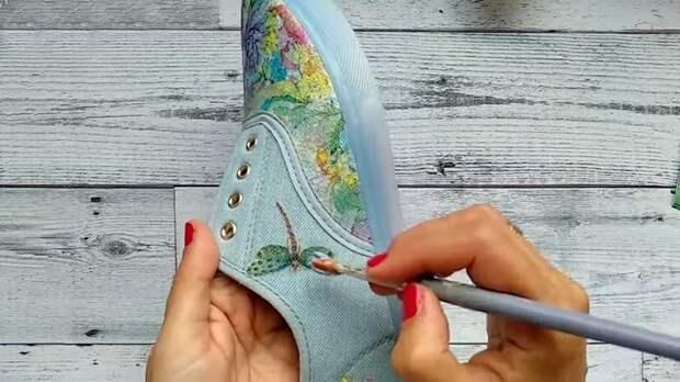 Сделать обувь эксклюзивной проще простого. Простая и красивая идея преображения