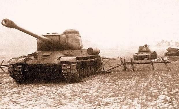 Как ИС-2 привели в «шок и трепет» «тигров» уже в первом бою