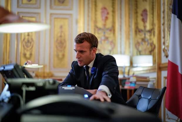Пощечиной обернулась для главы Франции попытка пообщаться с жителем департамента Дром