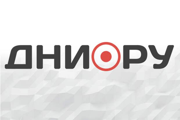 На дороге в Москве провалился грунт
