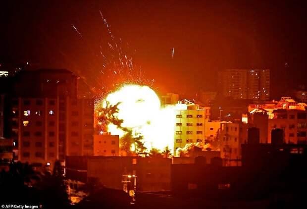 Палестина выпустила по Израилю ракеты. Аэропорт Тель-Авива закрыт