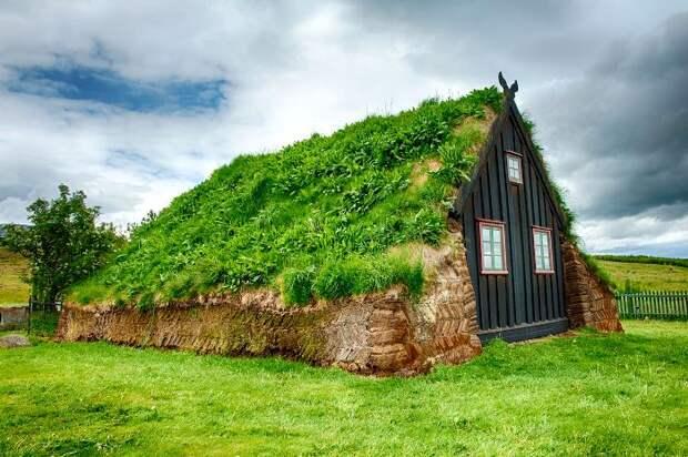 Традиционный исландский домик. /Фото: geoquono.com