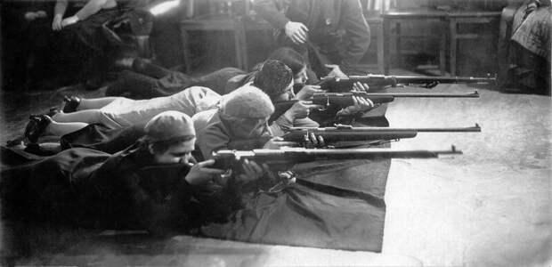 «Мелкашки»: почему советские партизаны вооружались спортивными винтовками