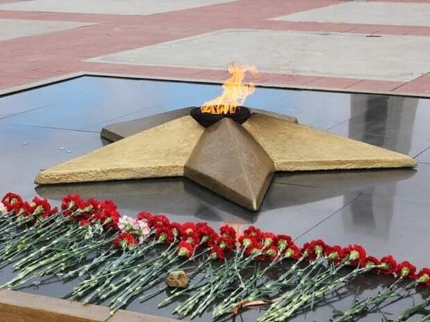 Неизвестные пытались разместить фото нацистов в «Бессмертном полку» в День Победы