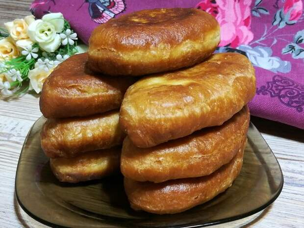 Пирожки, которые так и просятся в рот: 5 простых рецептов