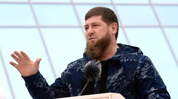 Кадыров ответил на критику поклонников Хабиба после того, как назвал бойца проектом UFC