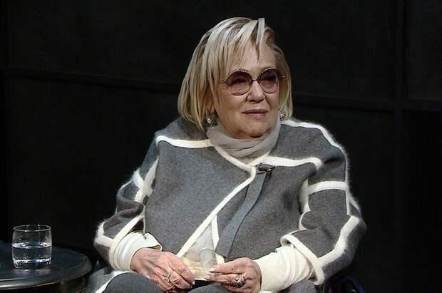 Ксения Собчак посетовала на то, что не успела сделать интервью с Галиной Волчек