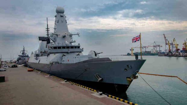 В Черное море зашли два военных корабля НАТО
