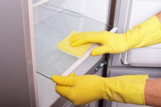 Затрапезные кухонные шкафчики отмыла до блеска, еще успеваю вымыть окна до Пасхи