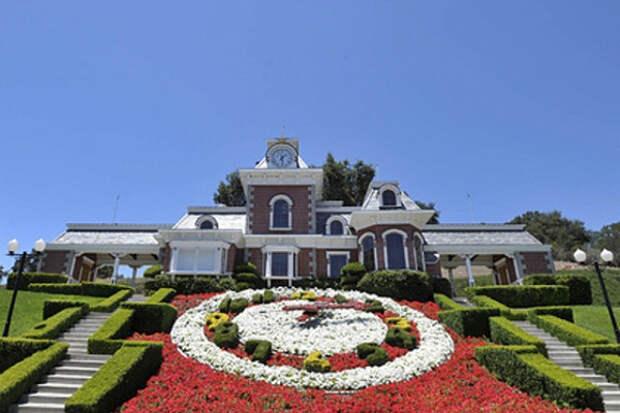 Скандально известное поместье Майкла Джексона обрело нового владельца
