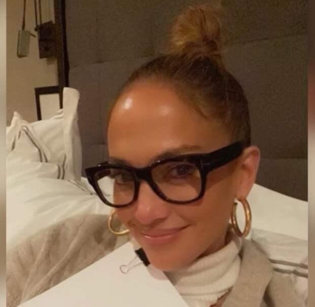 Как девочка: секреты молодости 52-летней Дженнифер Лопес