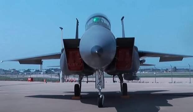 «Контракт на Су-35 завис»: Индонезия закупает американские F-15EX и французские Rafale