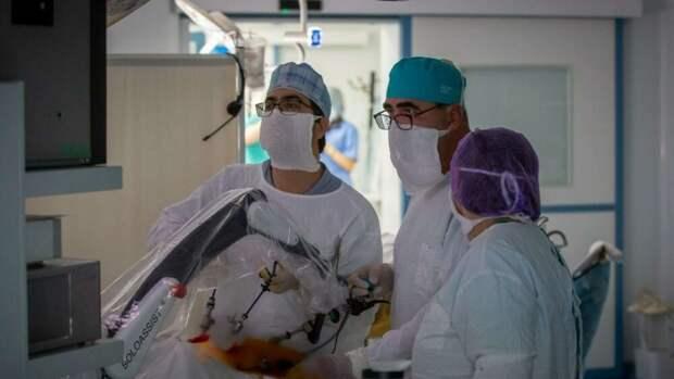 Будущее наступило: в Крыму сделали первую операцию с участием робота