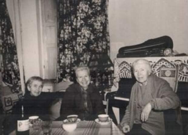 Анна Бубнова – русская тетя, воспитавшая будущую жену Джона Леннона Йоко Оно