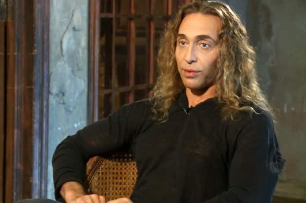 Шоу продолжается: Тарзан признался, что его пытаются шантажировать интимным видео с двумя женщинами