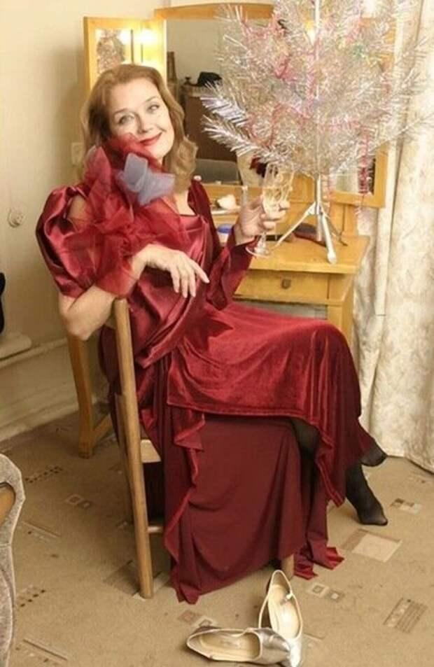 Как выглядит сейчас прекрасная Ирина Алфёрова и как она менялась с течением времени.