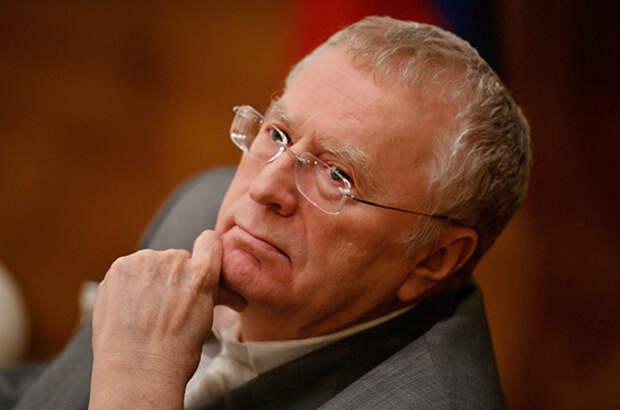 Жириновский призвал россиян сделать прививку от коронавируса
